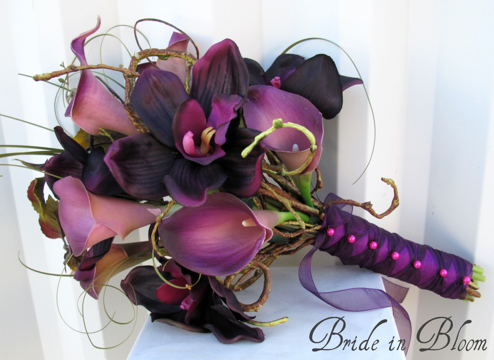 Plum orchid calla lily wedding bouquet | Bride in Bloom