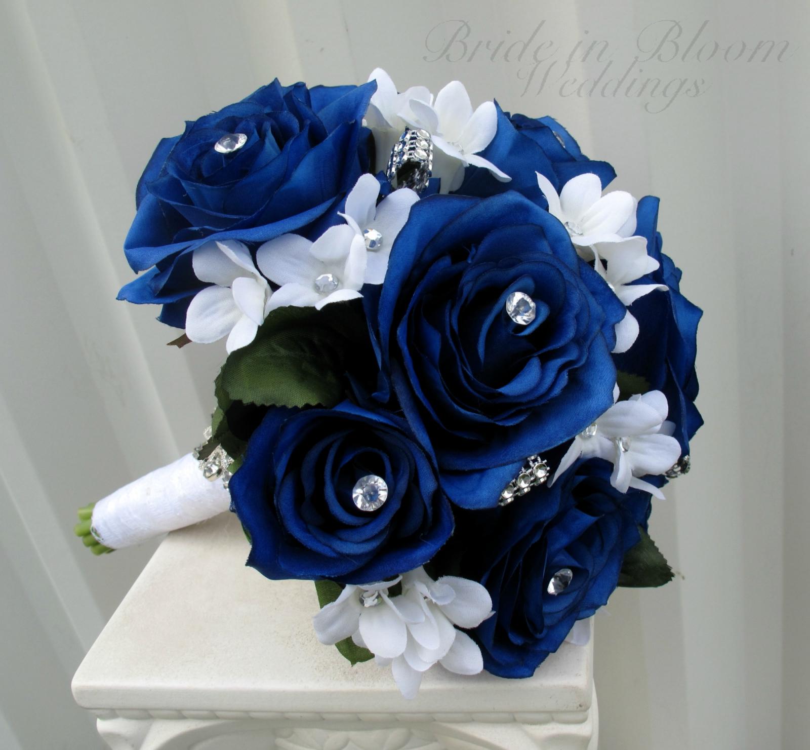 blue rose wedding bouquet bride in bloom. Black Bedroom Furniture Sets. Home Design Ideas
