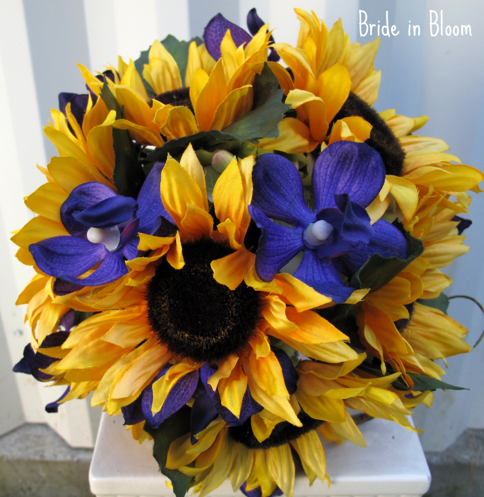 Sunflower wedding bouquet bride in bloom sunflower wedding bouquet rustic country bridal bouquet silk flowers junglespirit Images