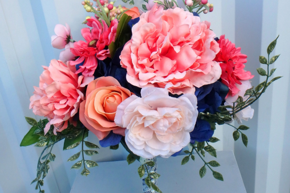 DIY Navy & coral wedding bouquet