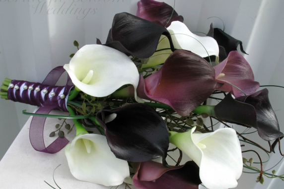 Dark plum purple white calla lily Wedding bouquet