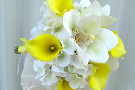 Yellow calla lily orchid wedding bouquet