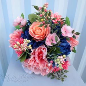 DIY Navy & coral wedding bouquet