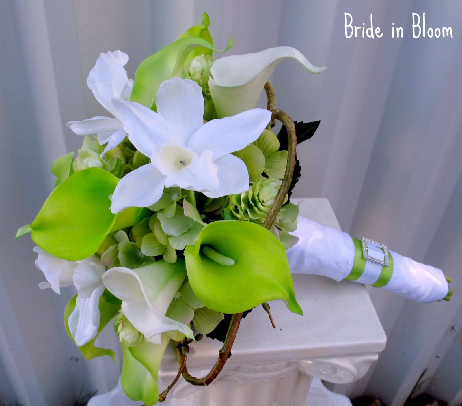 how to make a bridal bouquet with orchids