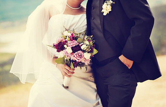 purple_lavender_bridal_bouquets_1.jpg