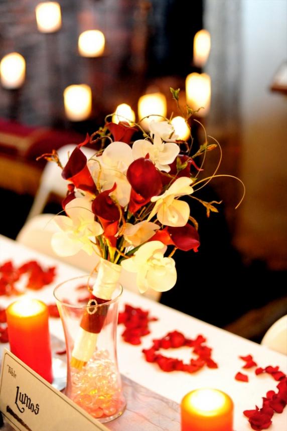 red_white_calla_wedding_bouquet_1.jpg