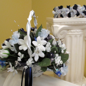 Blue white flower girl headband basket set