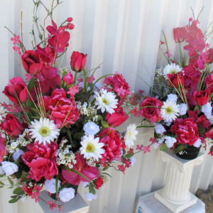 Hot pink & white alter arrangements